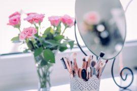 ピンクアイシャドウは女性の味方♡大人っぽく見せる使い方とおすすめ16選【2019年版】