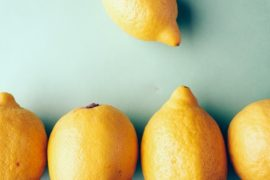 【ビタミンC豊富な食べ物・飲み物を紹介】コンビニで買えるアレで美肌に!